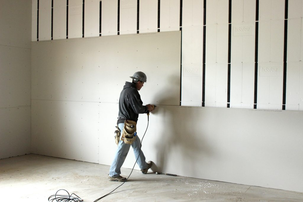 Industrial dry wallingandceiling installation